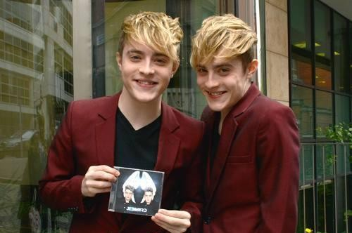 jedward-john-grimes-edward-grimes-jedward-at-today-fms_4229318